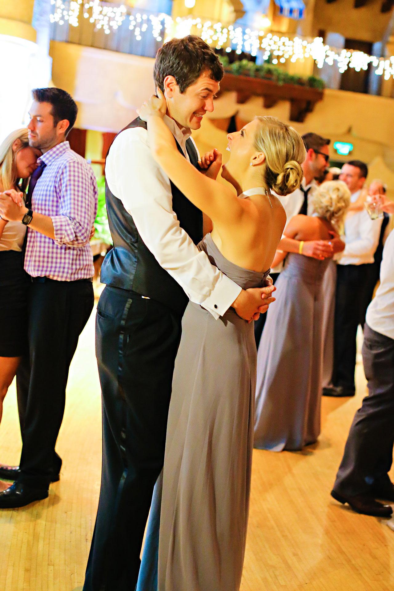 Moey Drew Indiana Roof Ballroom Wedding 255