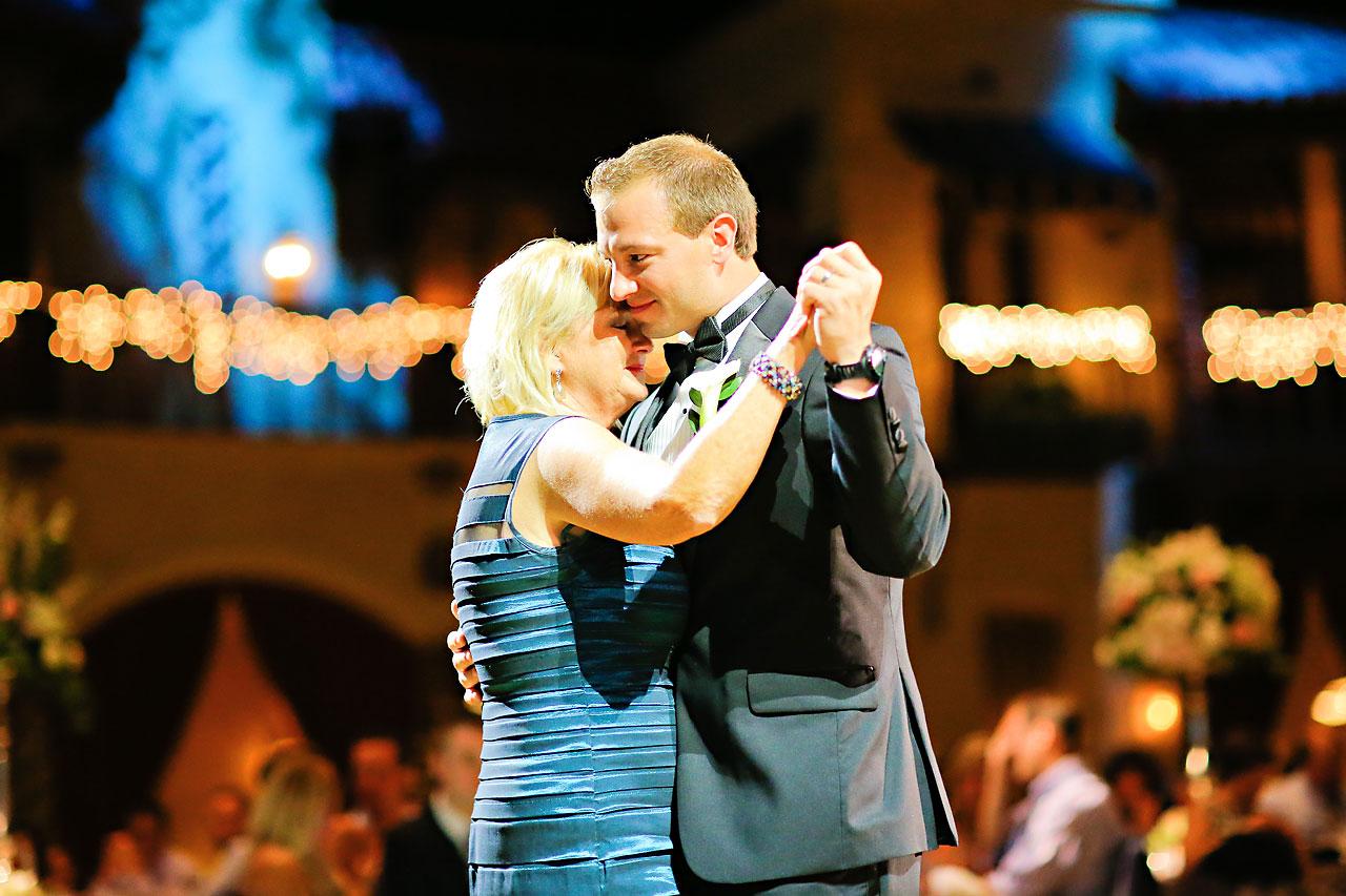 Moey Drew Indiana Roof Ballroom Wedding 223