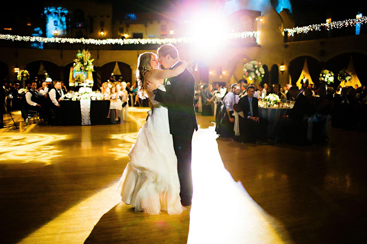 Moey Drew Indiana Roof Ballroom Wedding 220