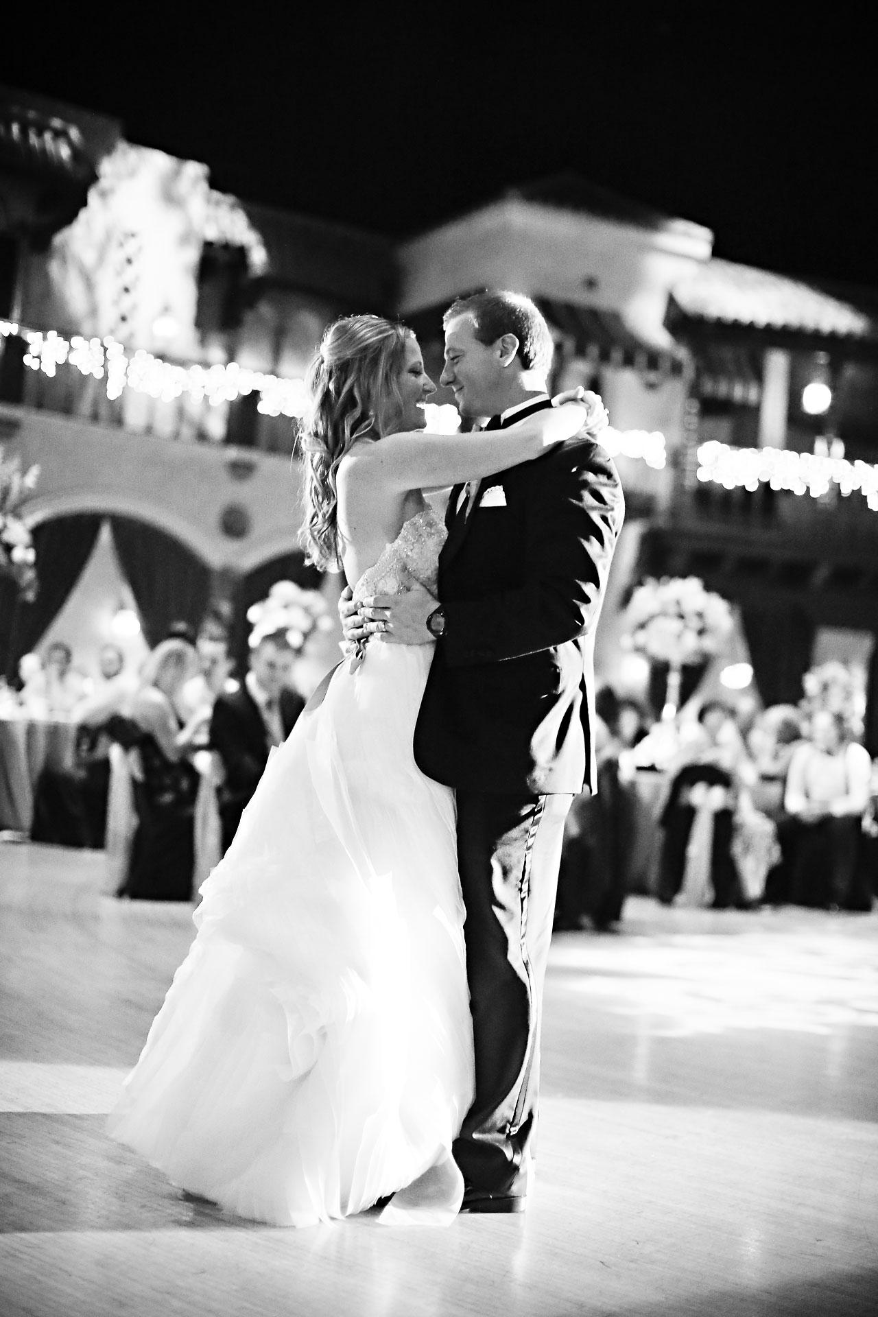 Moey Drew Indiana Roof Ballroom Wedding 215