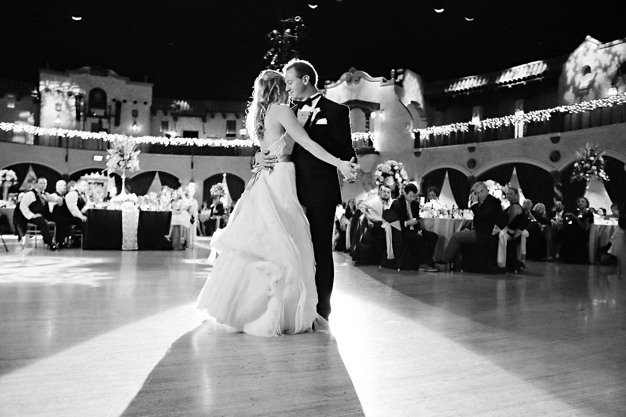 Moey Drew Indiana Roof Ballroom Wedding 212
