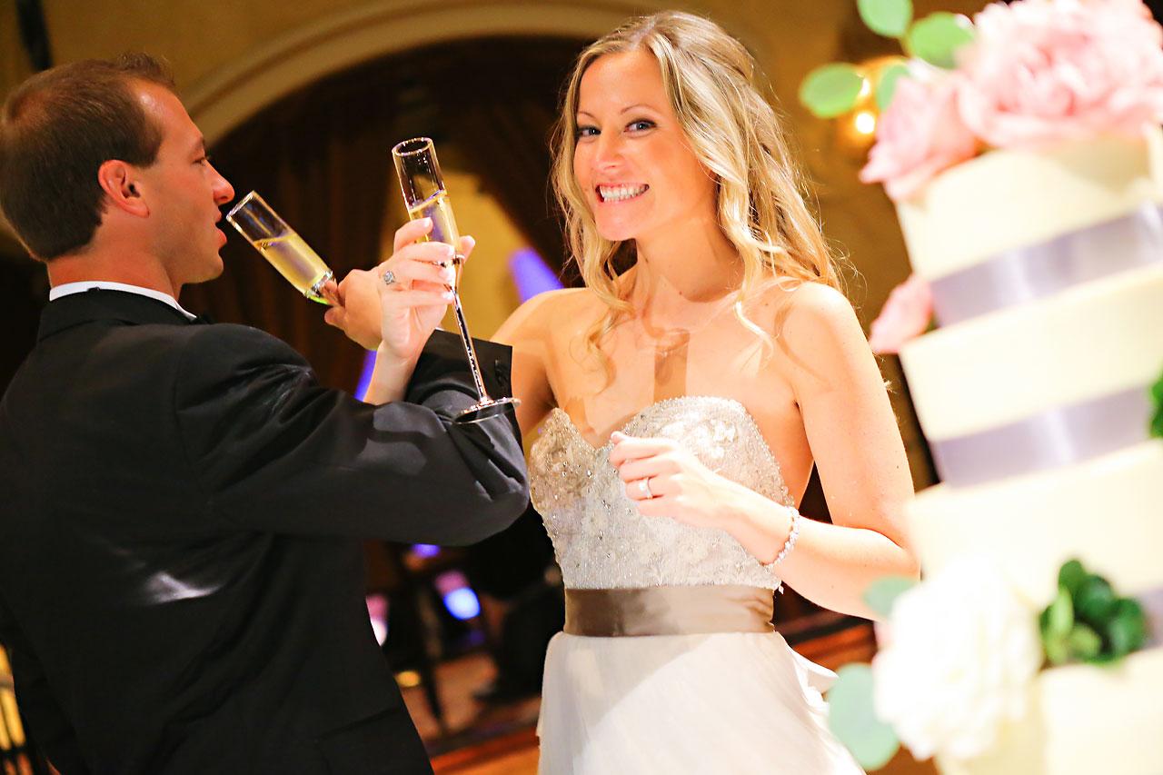 Moey Drew Indiana Roof Ballroom Wedding 205