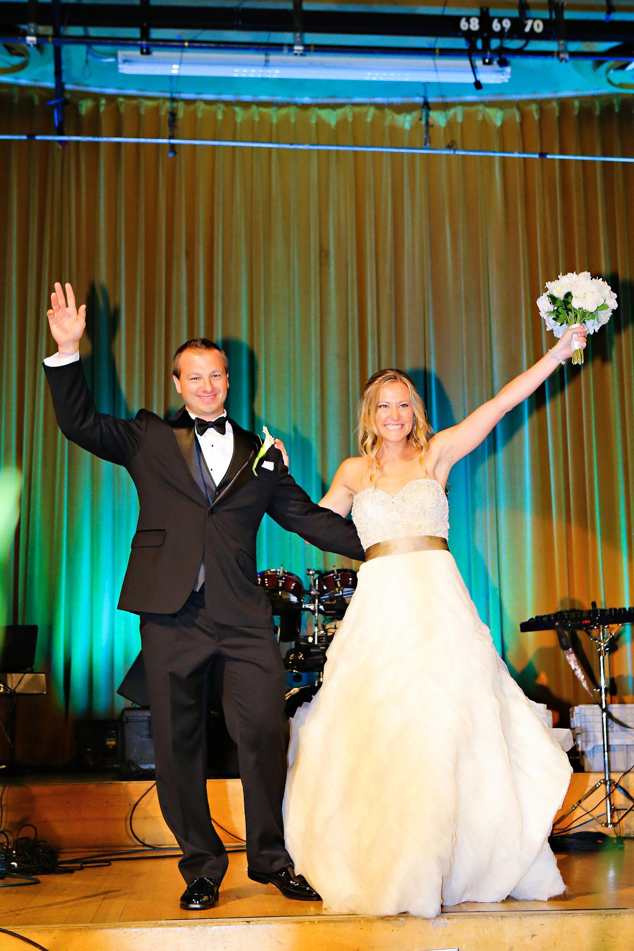 Moey Drew Indiana Roof Ballroom Wedding 201