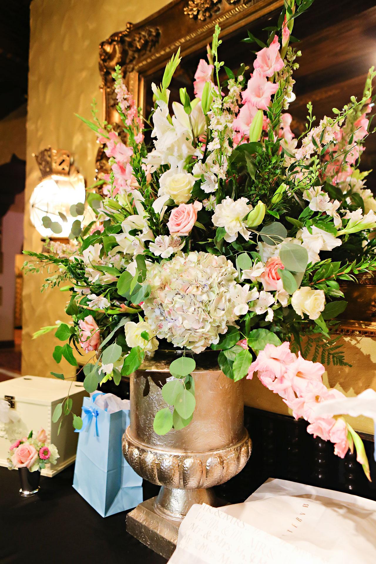 Moey Drew Indiana Roof Ballroom Wedding 193