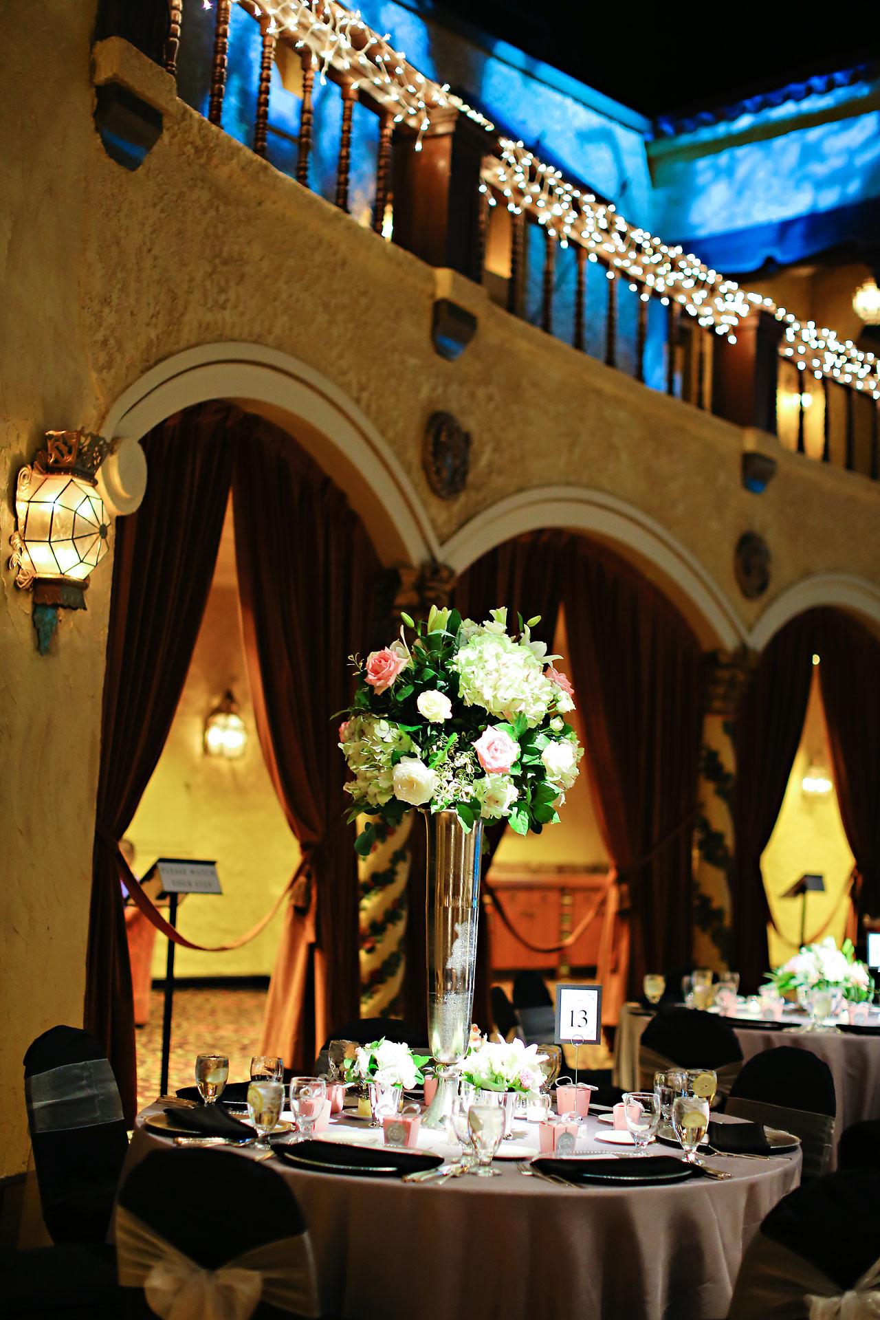 Moey Drew Indiana Roof Ballroom Wedding 185