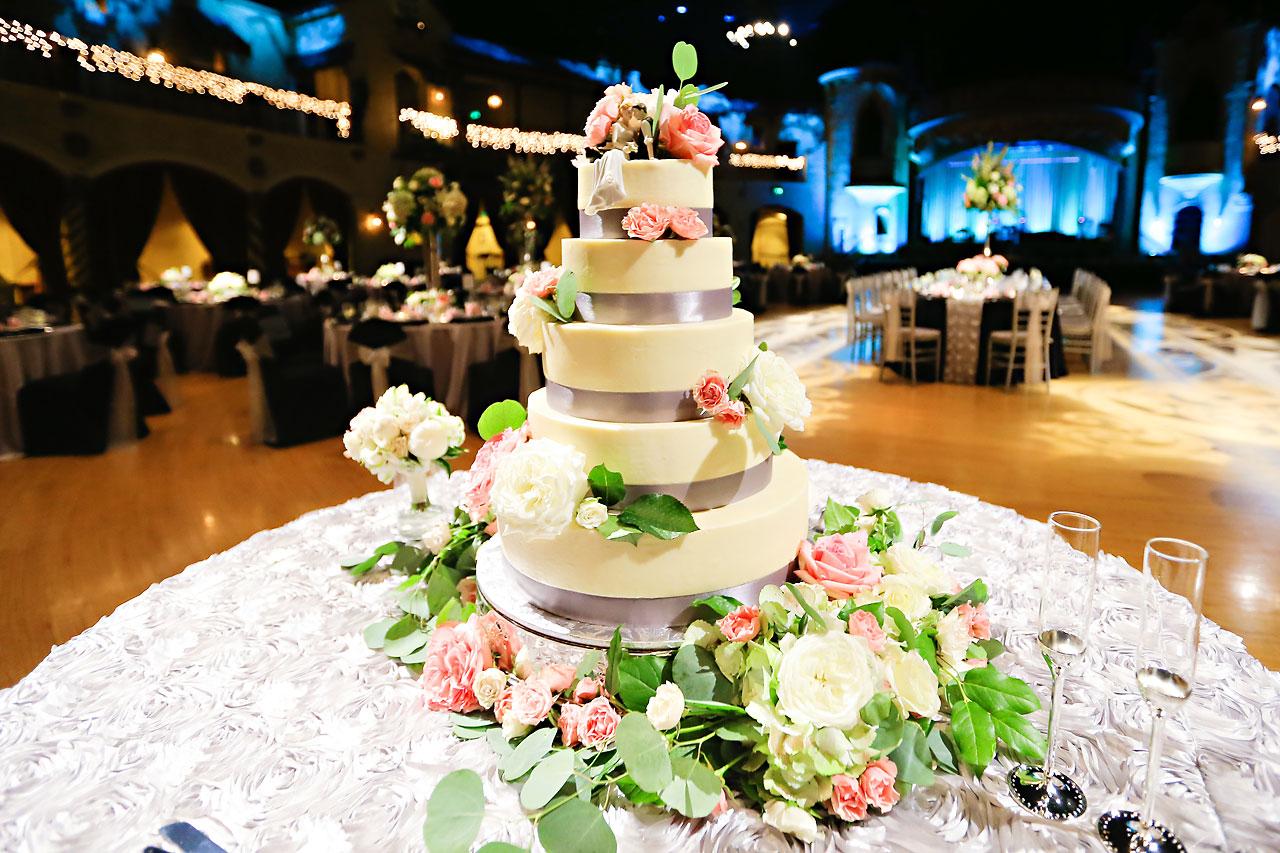 Moey Drew Indiana Roof Ballroom Wedding 183