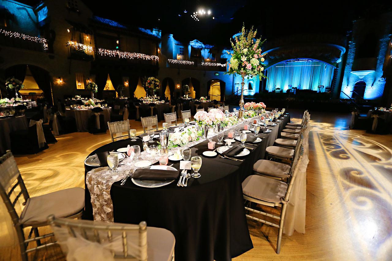 Moey Drew Indiana Roof Ballroom Wedding 184