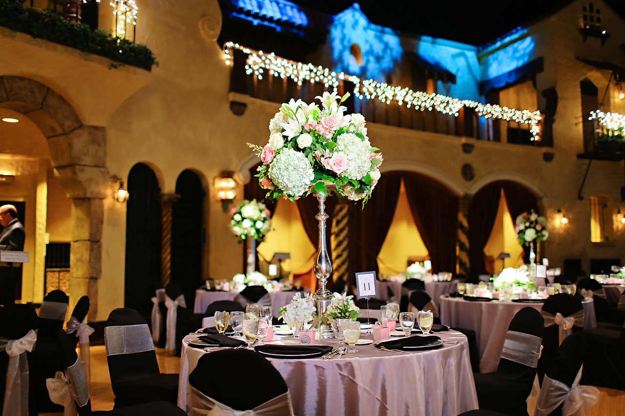 Moey Drew Indiana Roof Ballroom Wedding 177
