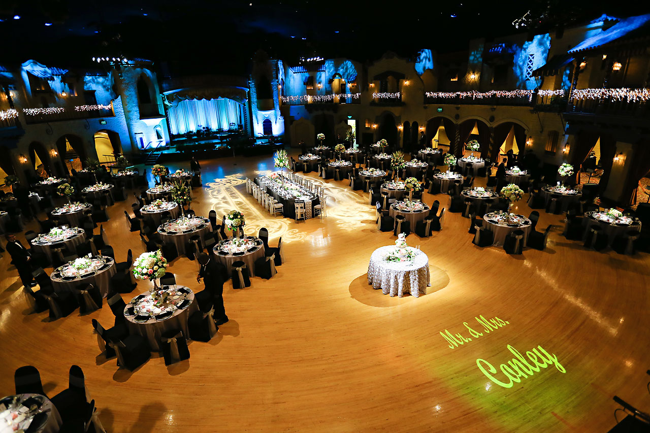 Moey Drew Indiana Roof Ballroom Wedding 175