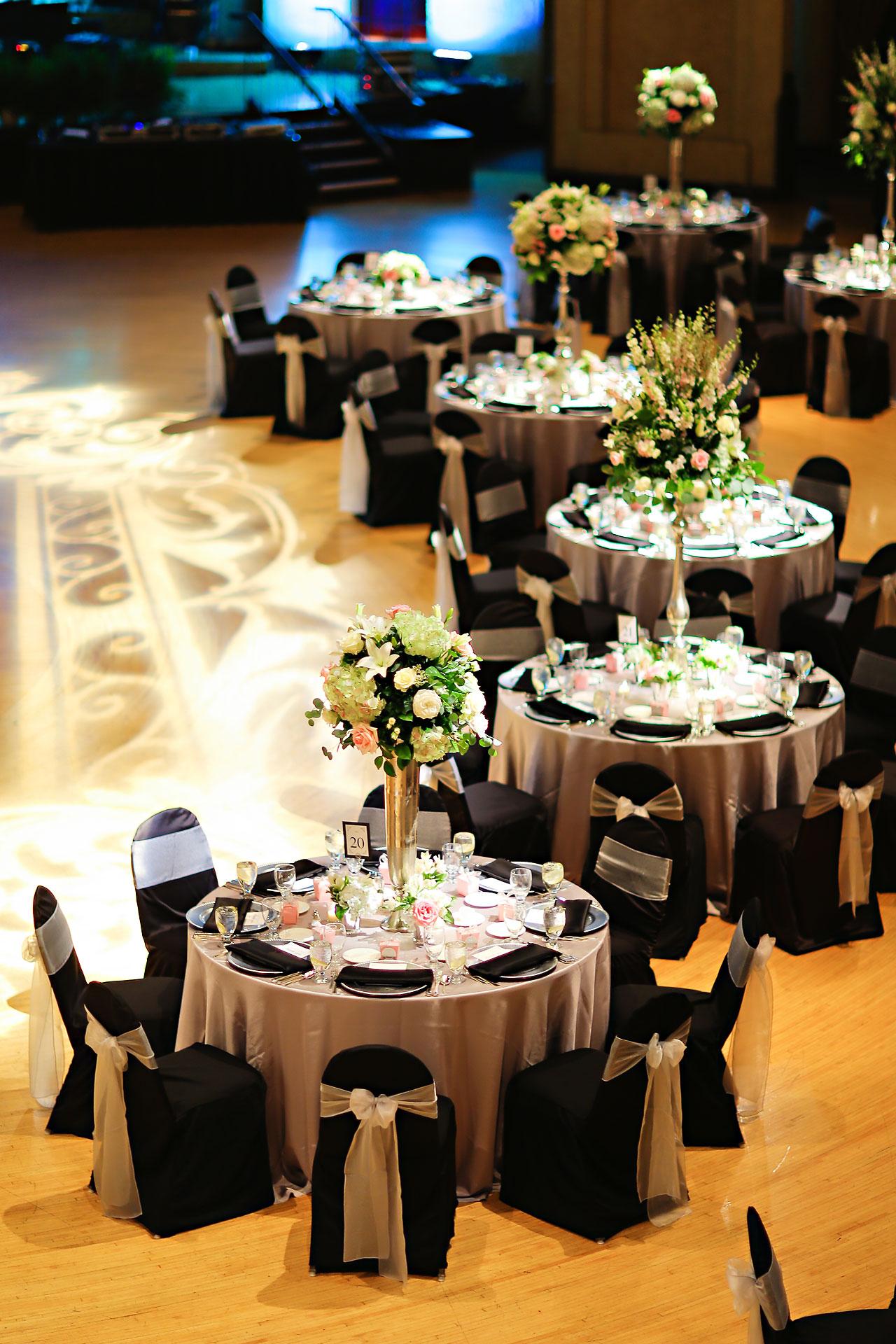 Moey Drew Indiana Roof Ballroom Wedding 167