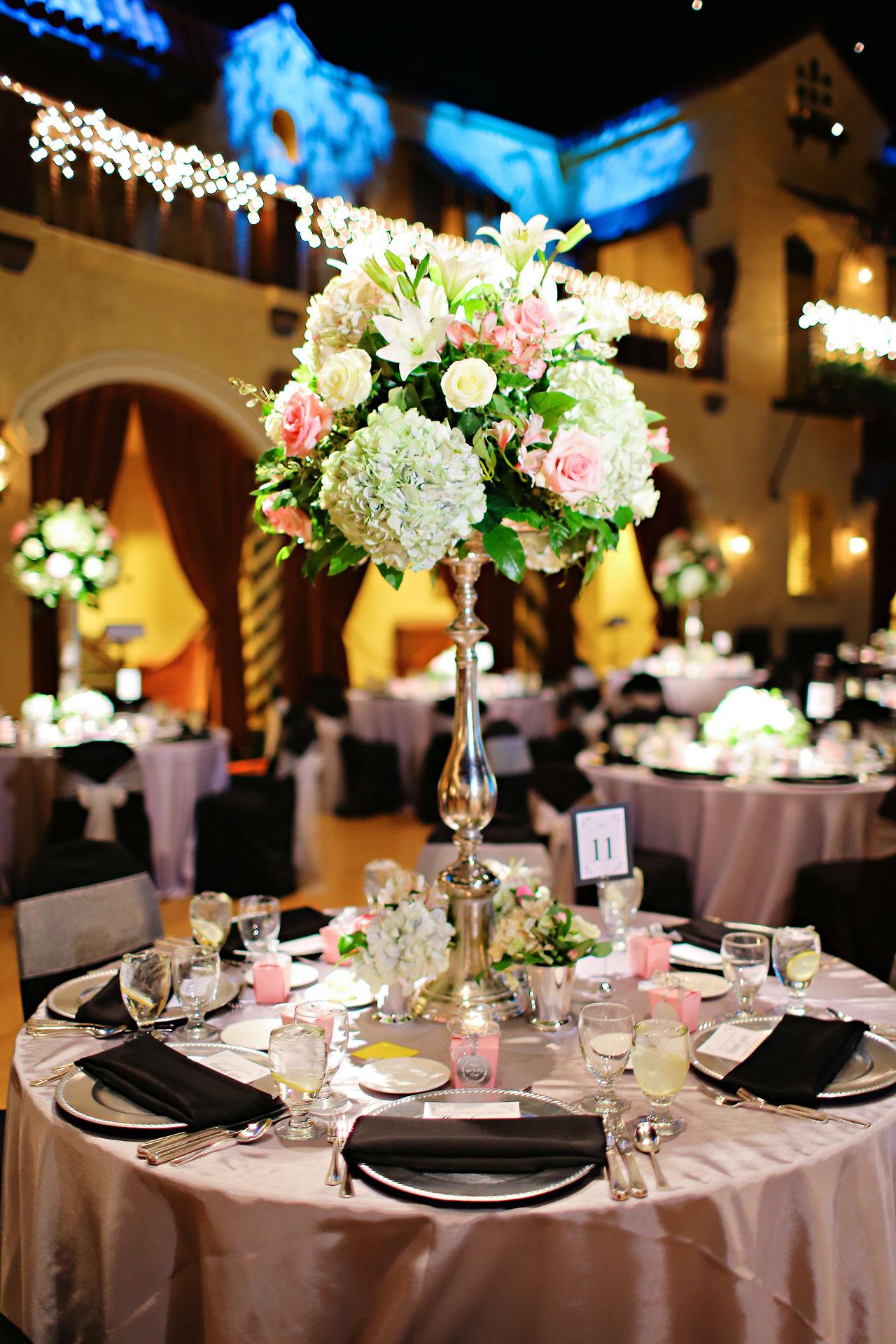 Moey Drew Indiana Roof Ballroom Wedding 164