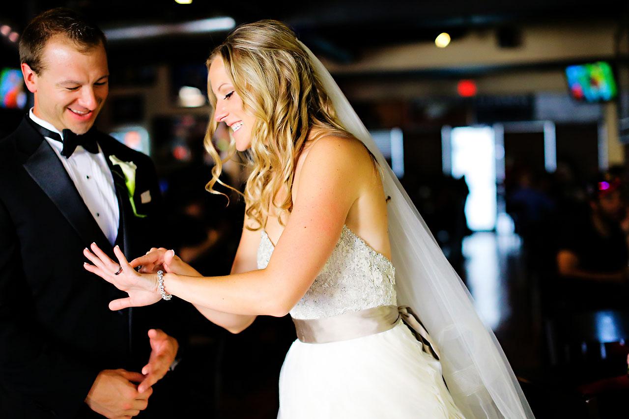 Moey Drew Indiana Roof Ballroom Wedding 147