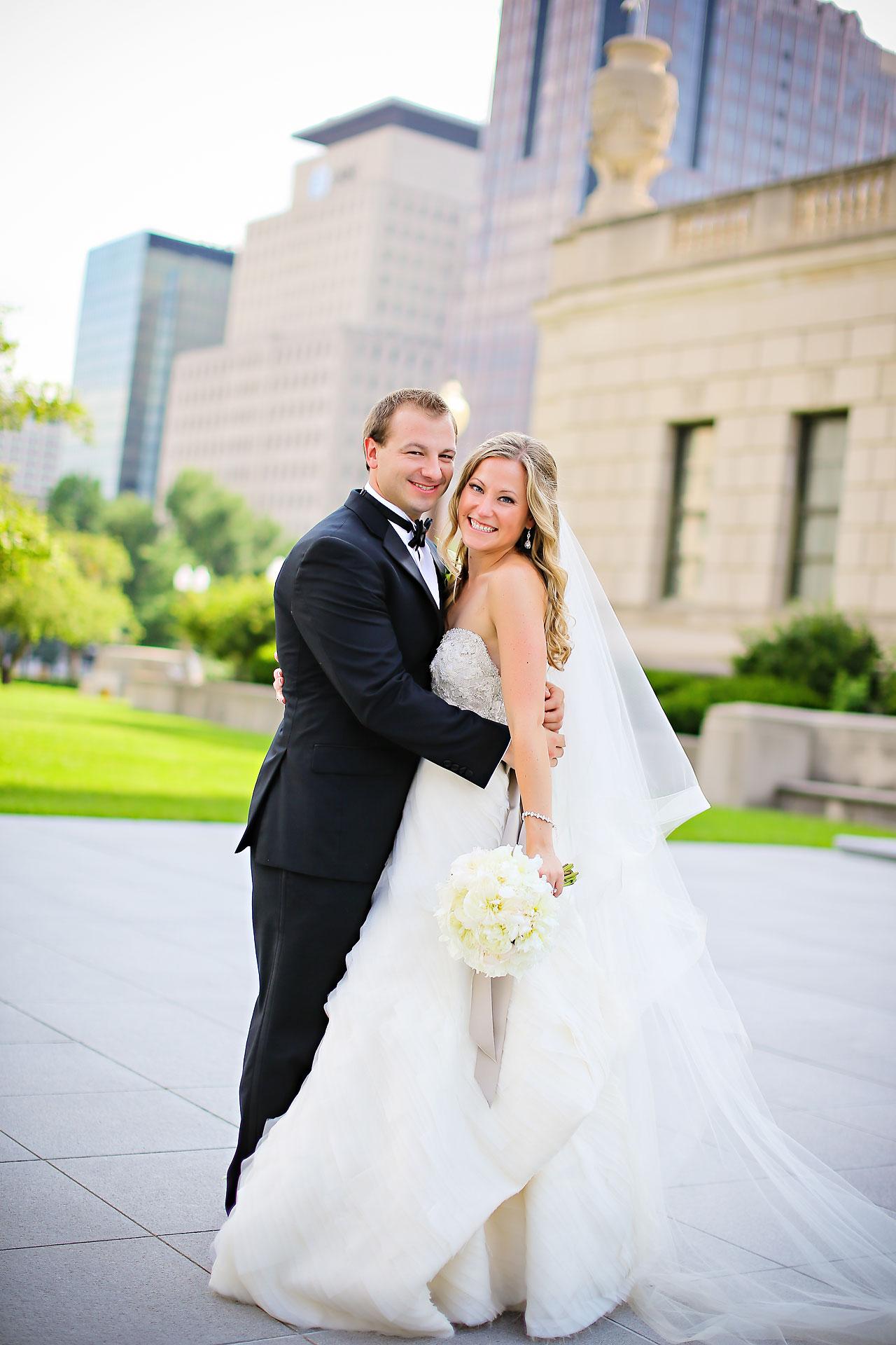 Moey Drew Indiana Roof Ballroom Wedding 141
