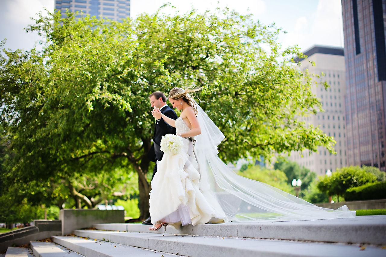Moey Drew Indiana Roof Ballroom Wedding 143