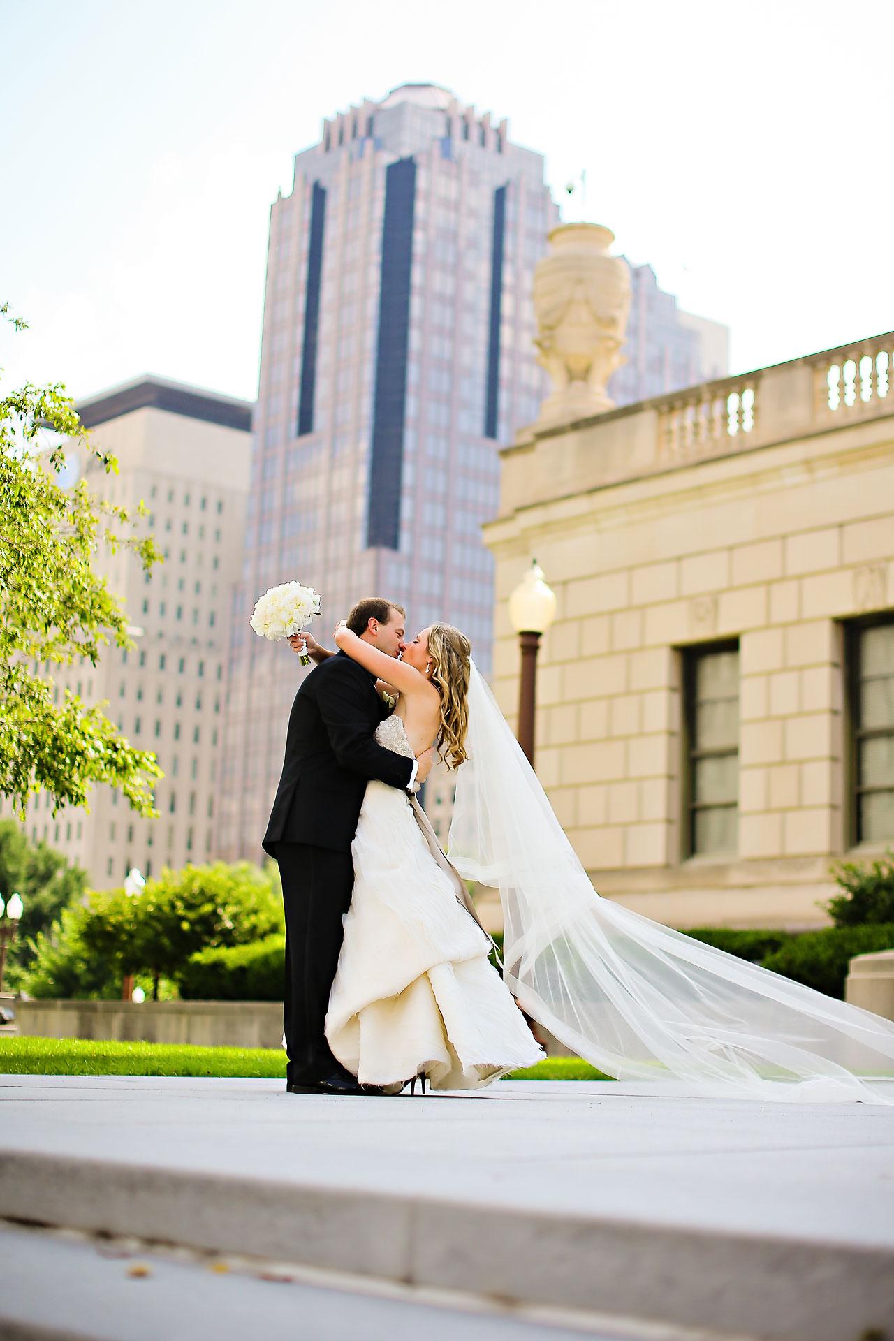 Moey Drew Indiana Roof Ballroom Wedding 128
