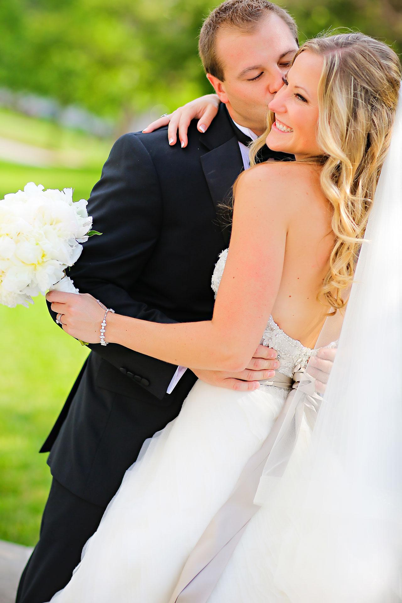 Moey Drew Indiana Roof Ballroom Wedding 125