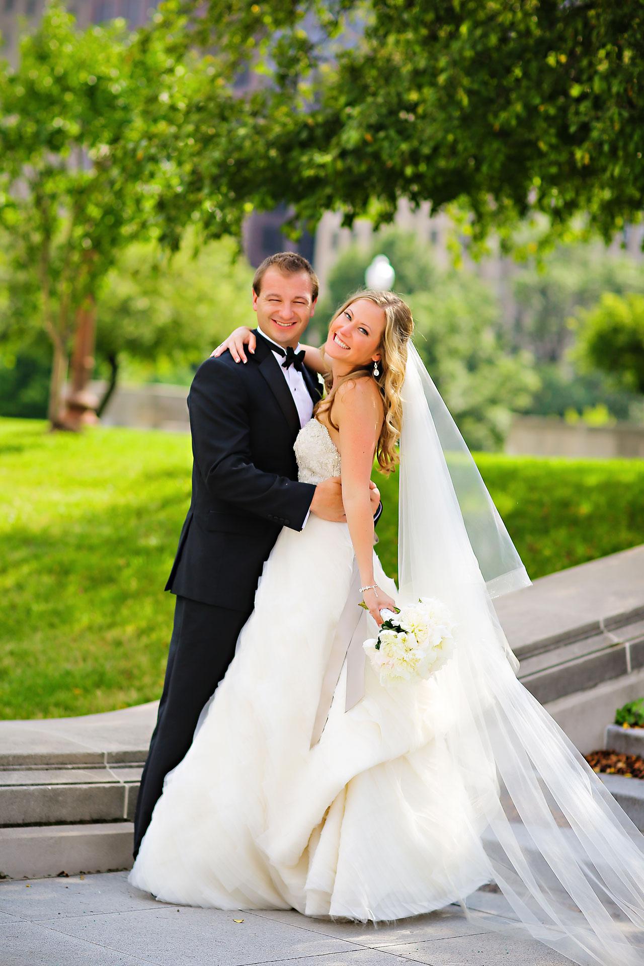 Moey Drew Indiana Roof Ballroom Wedding 120