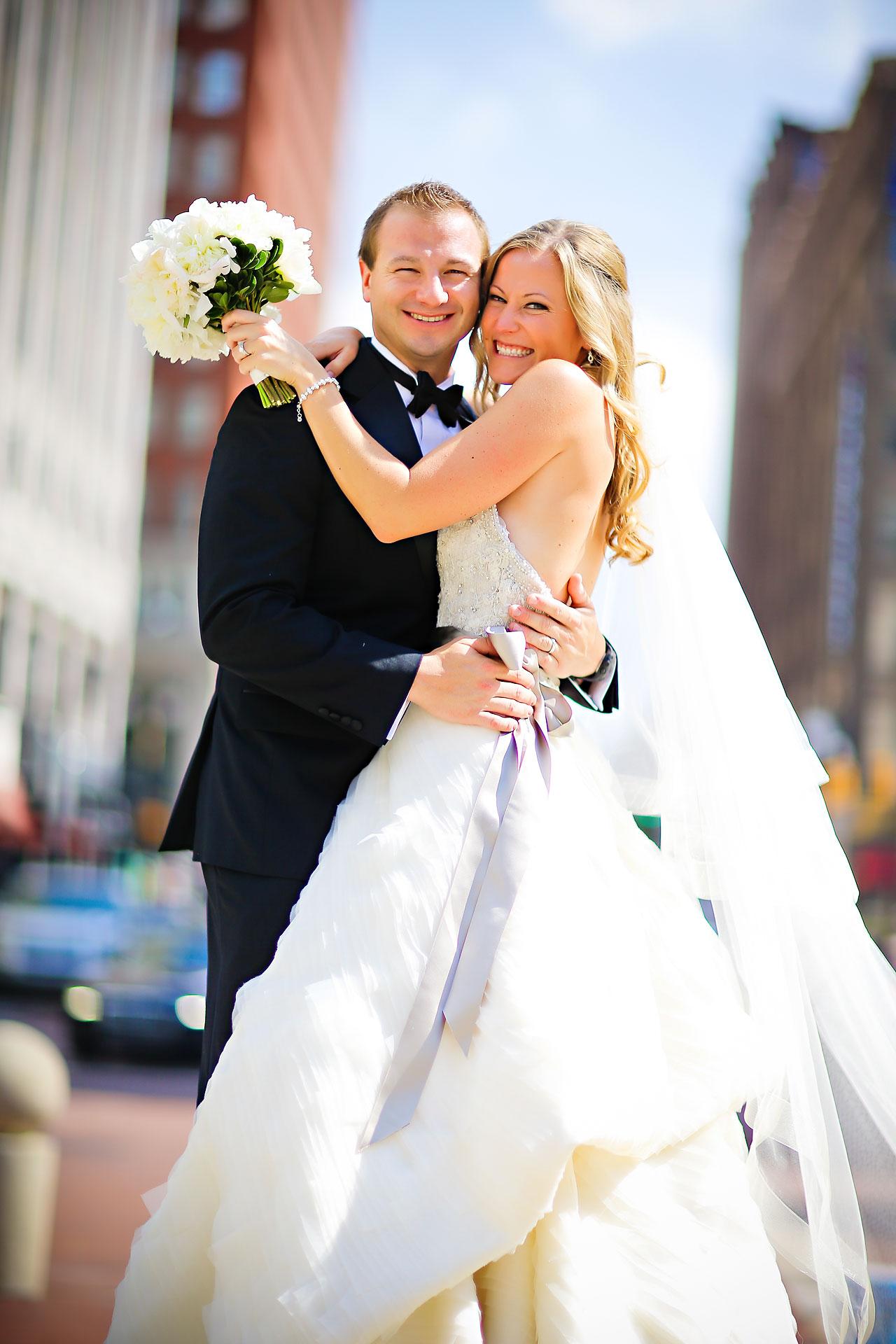 Moey Drew Indiana Roof Ballroom Wedding 114