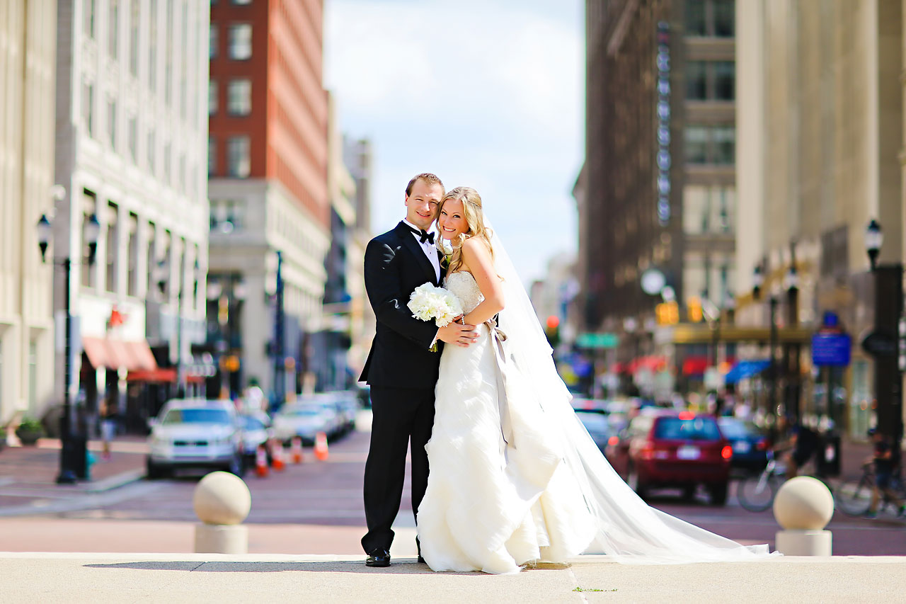 Moey Drew Indiana Roof Ballroom Wedding 103