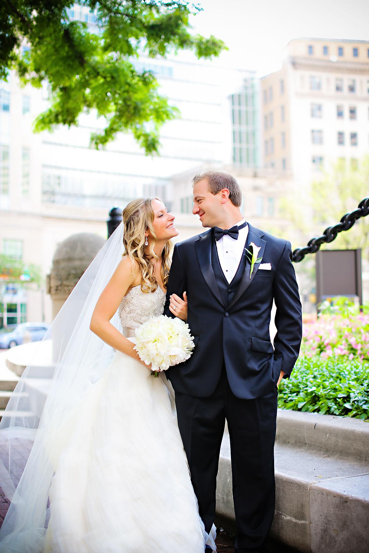Moey Drew Indiana Roof Ballroom Wedding 091