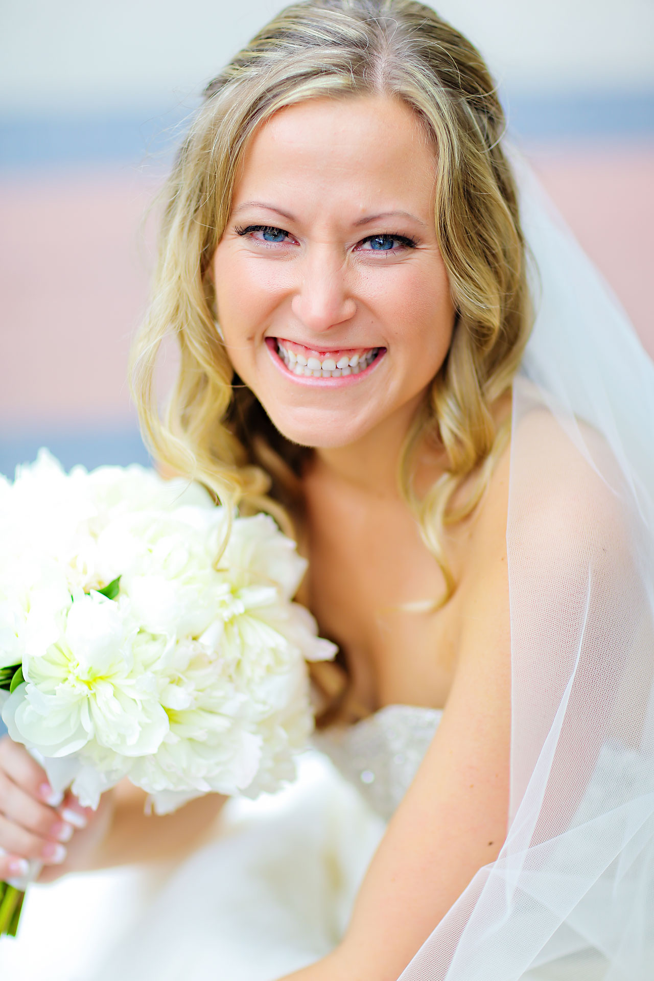 Moey Drew Indiana Roof Ballroom Wedding 090