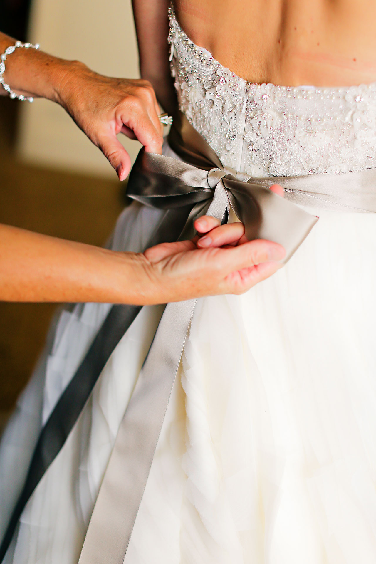 Moey Drew Indiana Roof Ballroom Wedding 022
