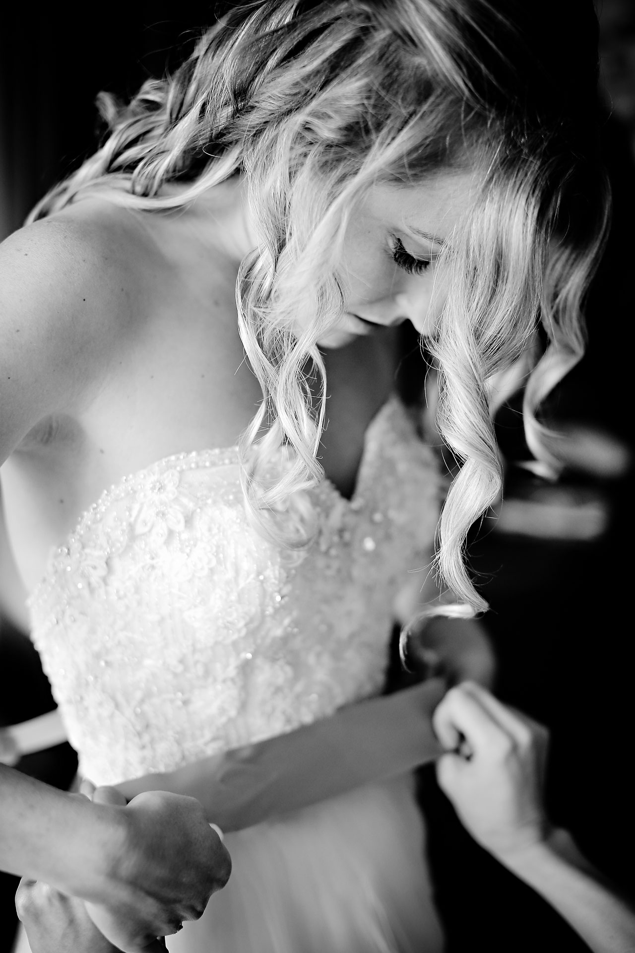 Moey Drew Indiana Roof Ballroom Wedding 019