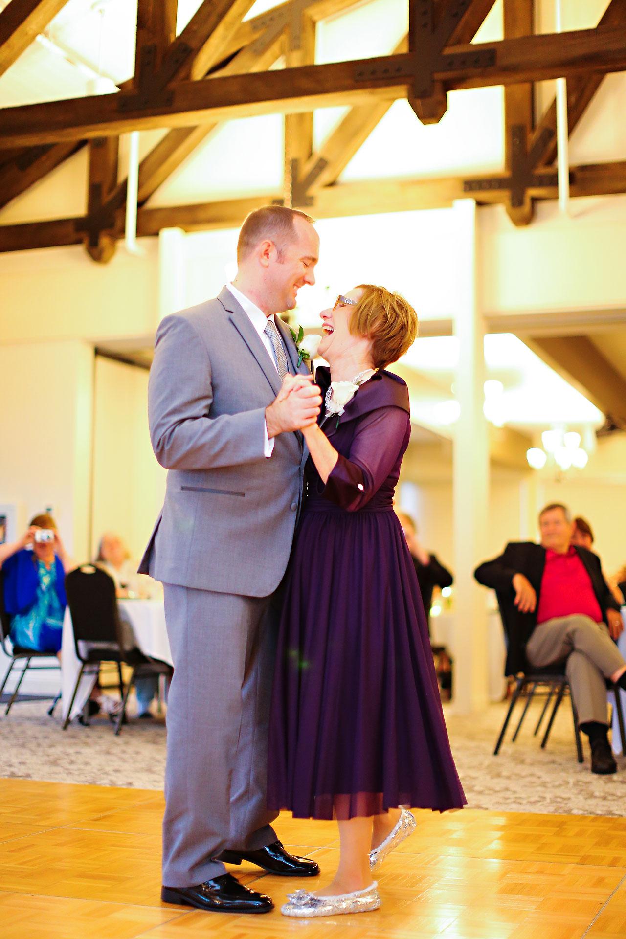 Rachel Alex Jasper Indiana Wedding 210