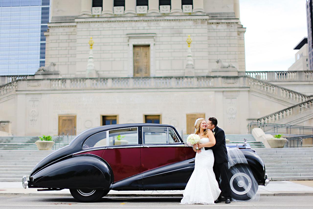 Kim Spencer Indiana Roof Ballroom Wedding 150