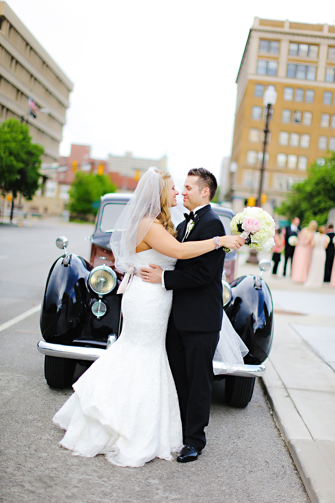 Kim Spencer Indiana Roof Ballroom Wedding 124