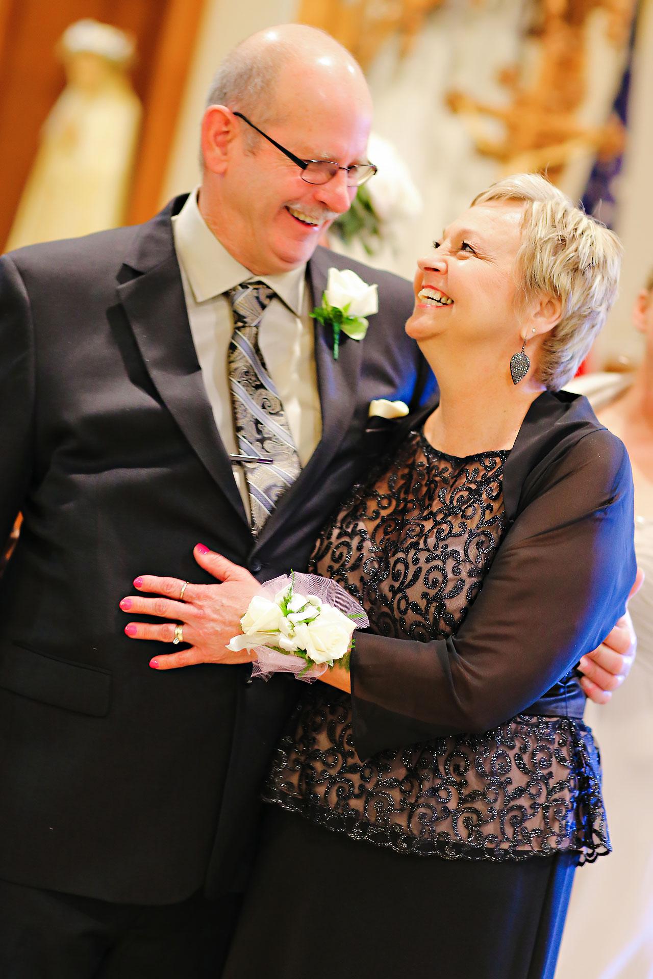 Shelley Jordan Fort Wayne Wedding 109