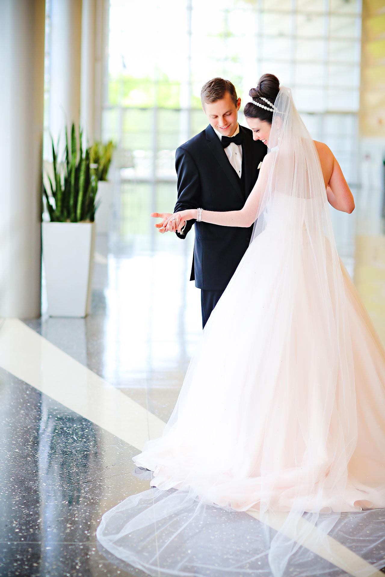 Shelley Jordan Fort Wayne Wedding 033