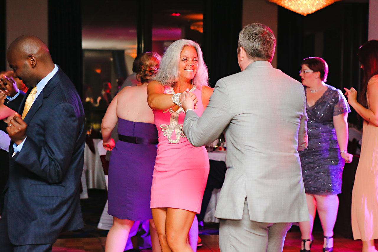Megan Mike Sheraton Indianapolis Wedding 241