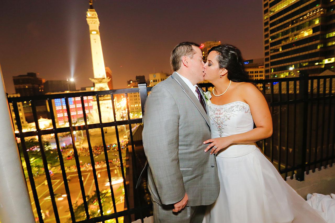 Megan Mike Sheraton Indianapolis Wedding 212