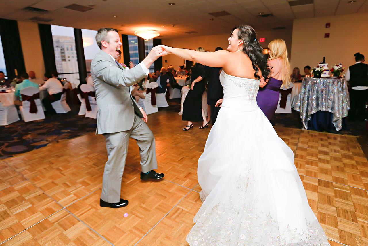 Megan Mike Sheraton Indianapolis Wedding 203