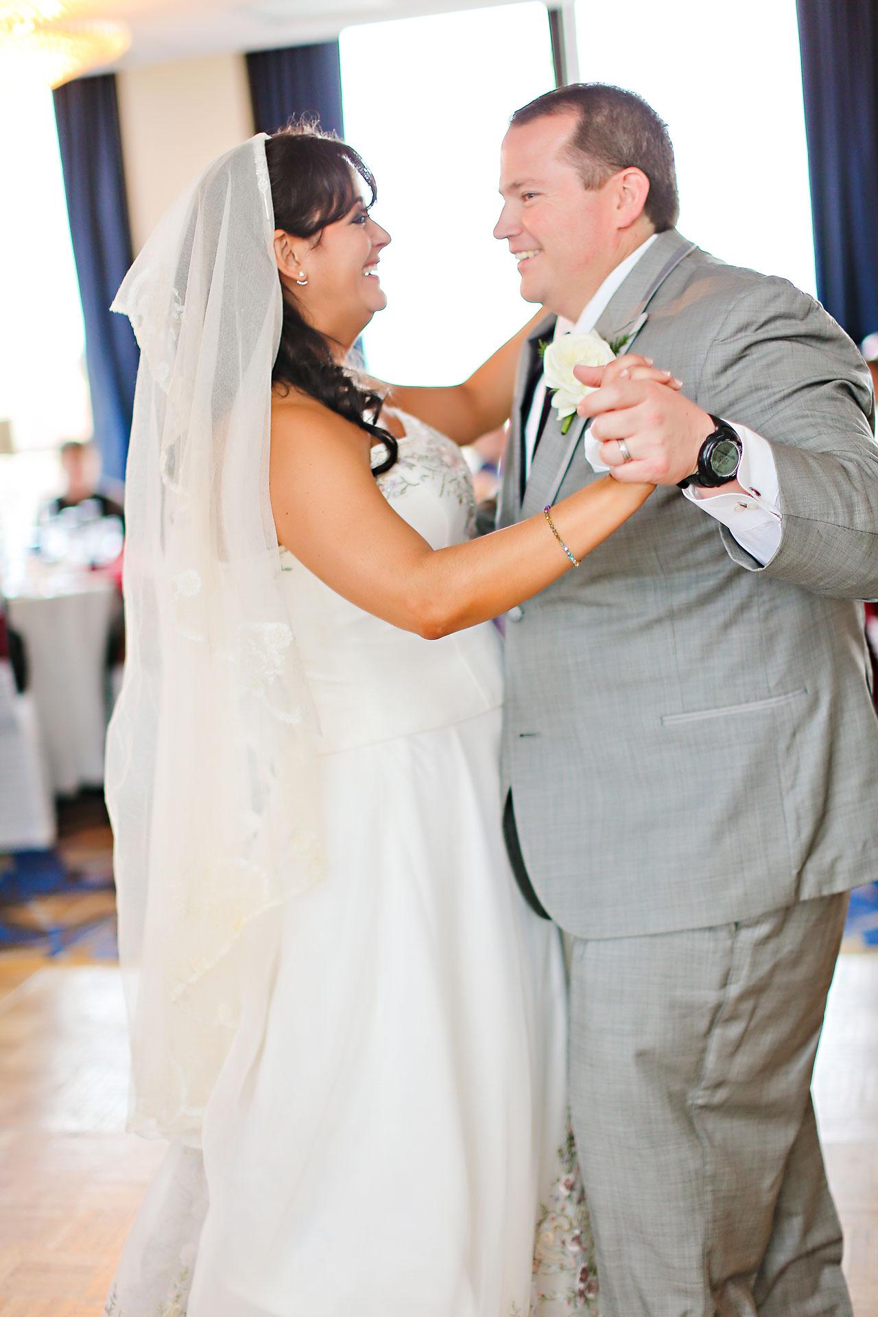 Megan Mike Sheraton Indianapolis Wedding 173