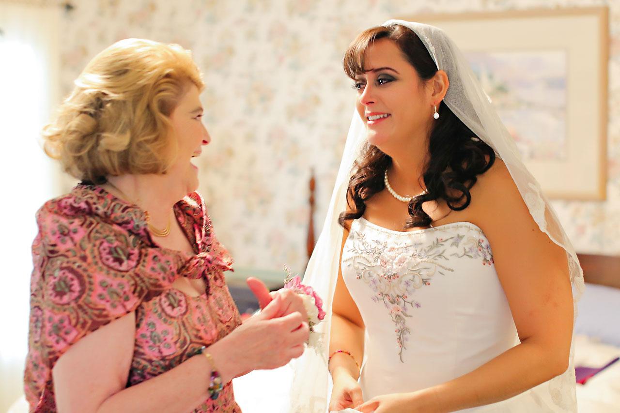 Megan Mike Sheraton Indianapolis Wedding 019