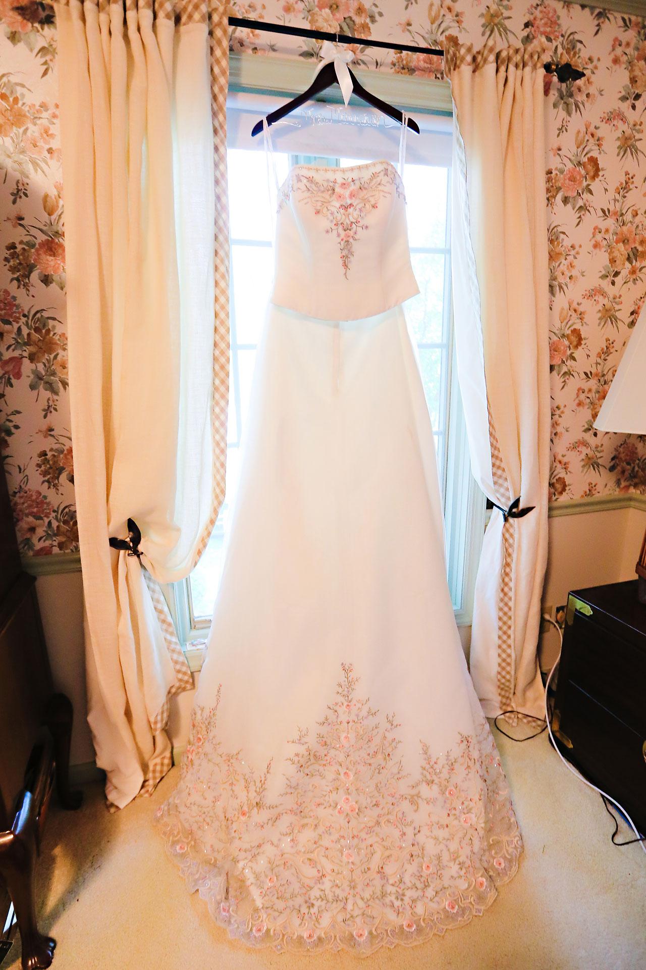 Megan Mike Sheraton Indianapolis Wedding 013