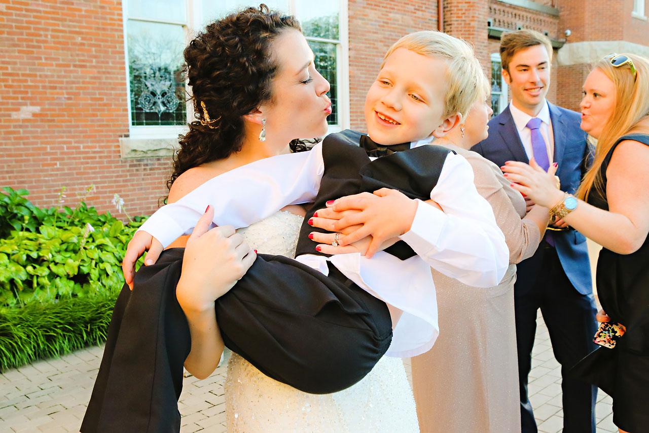 219 Liz Eric Indiana Landmarks Wedding