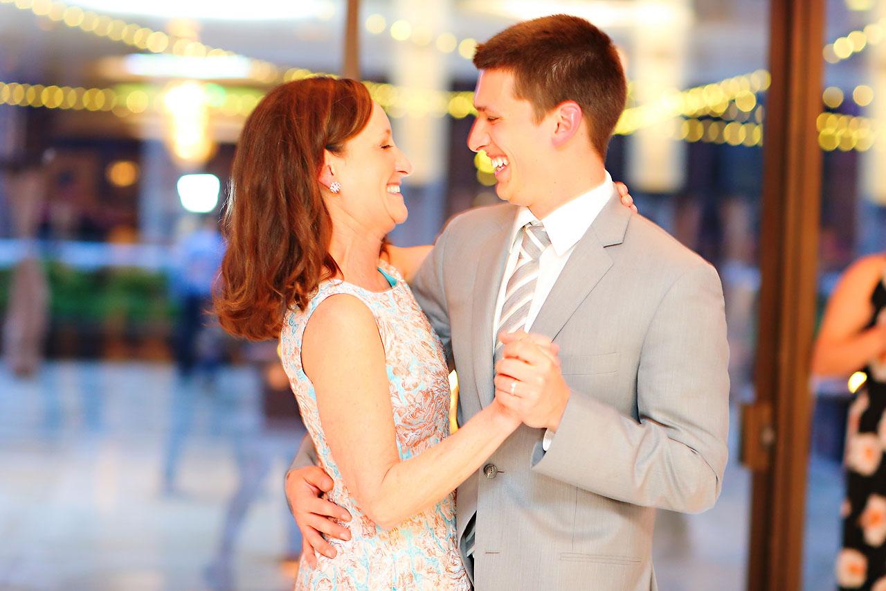 262 Mimi Jake Regions Tower Wedding