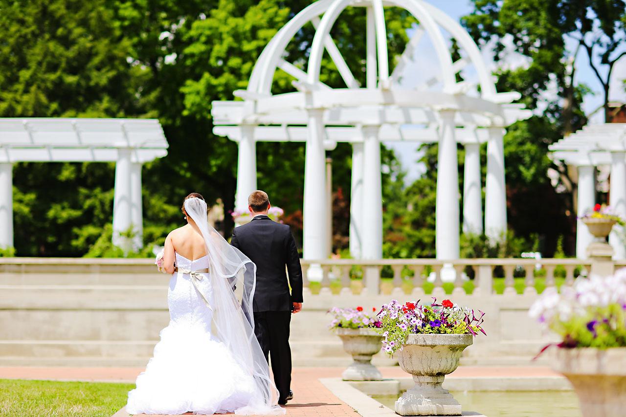 Emmy Benji Emyprean Fort Wayne Wedding 092