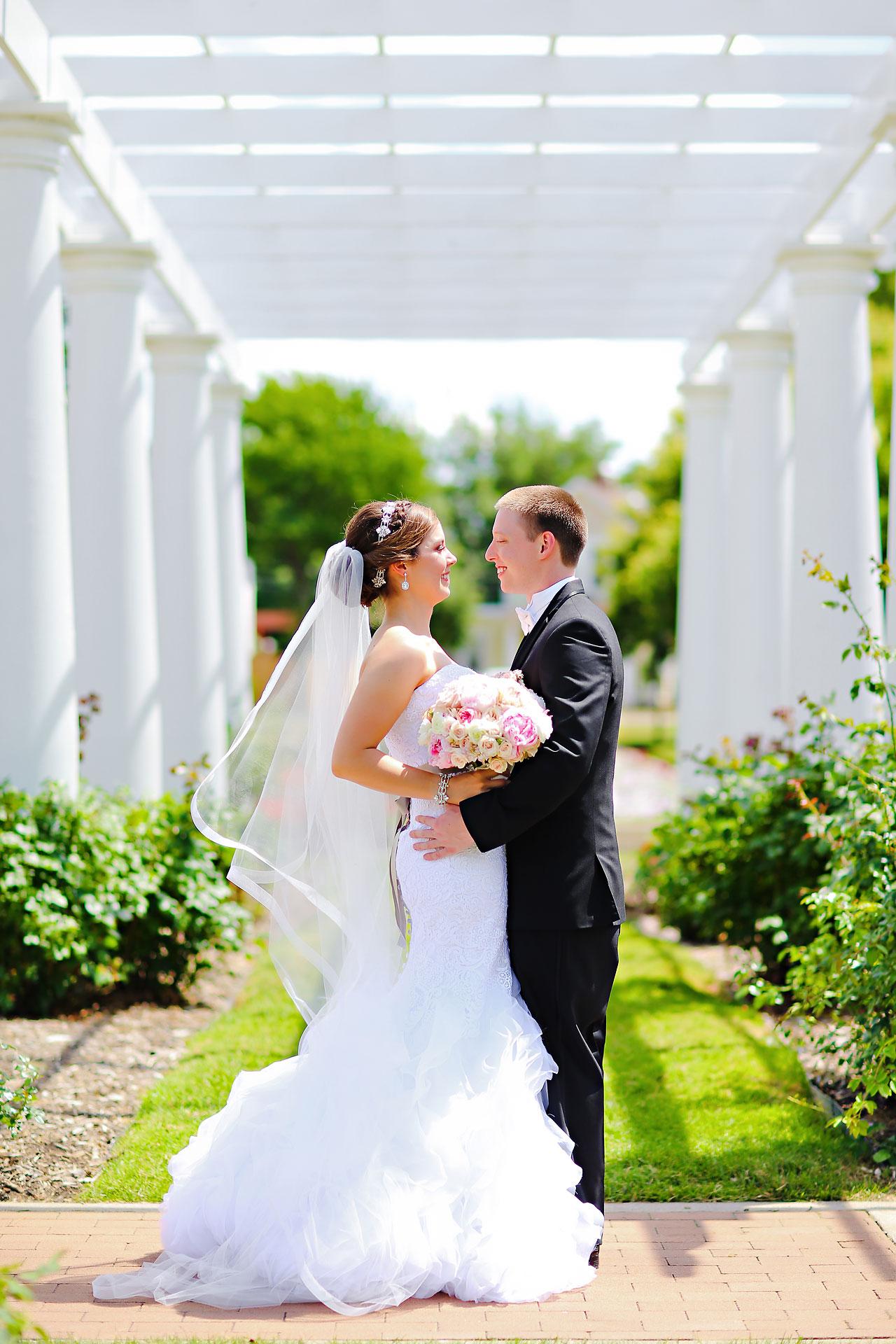 Emmy Benji Emyprean Fort Wayne Wedding 086
