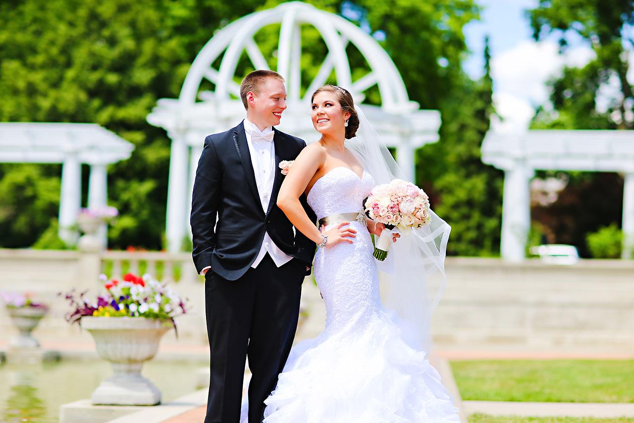 Emmy Benji Emyprean Fort Wayne Wedding 072
