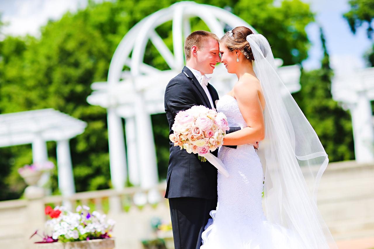 Emmy Benji Emyprean Fort Wayne Wedding 058