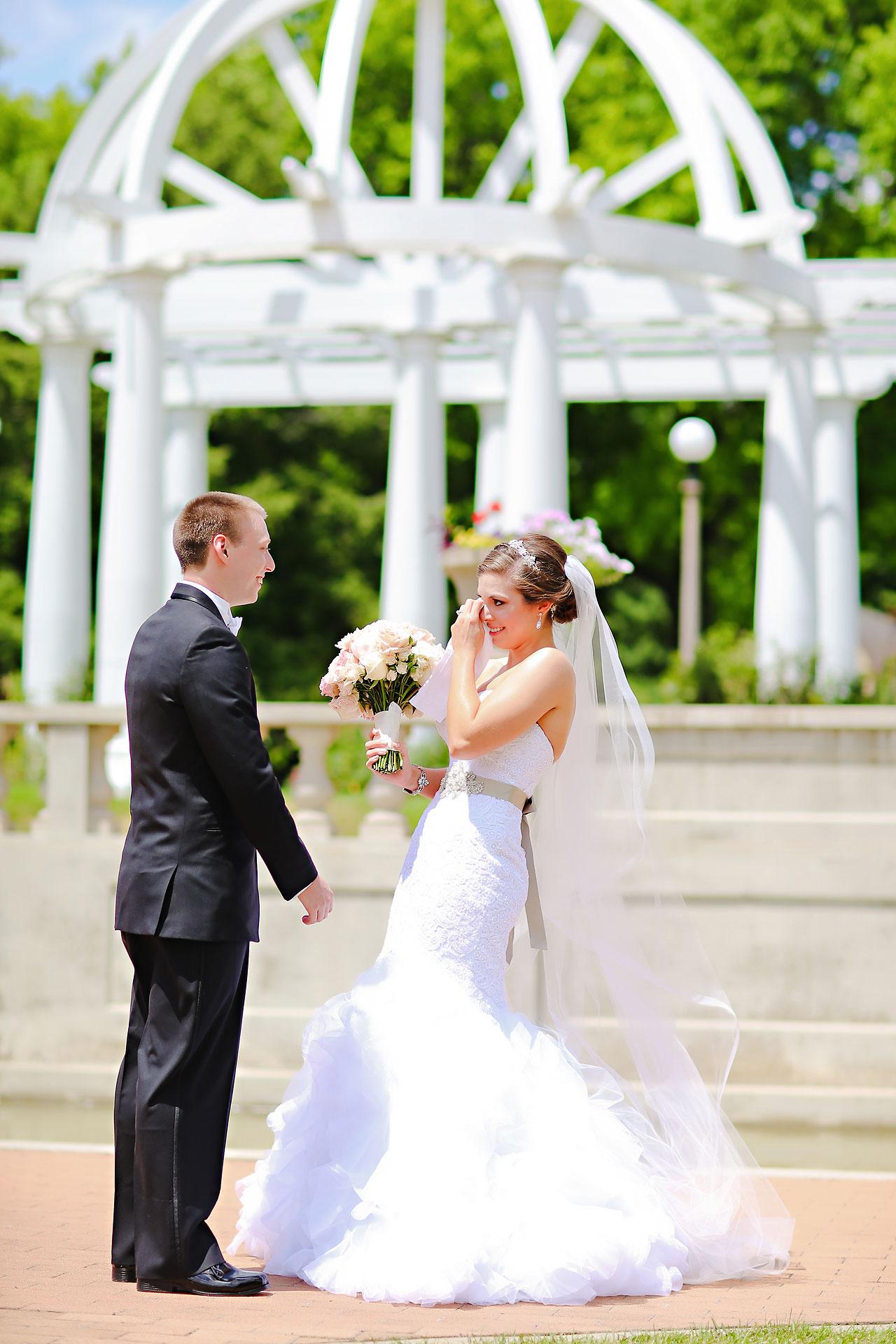 Emmy Benji Emyprean Fort Wayne Wedding 052