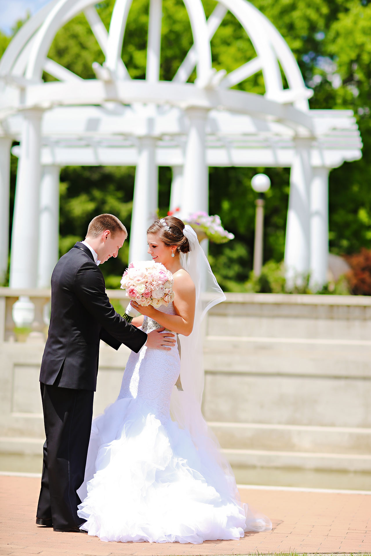 Emmy Benji Emyprean Fort Wayne Wedding 050