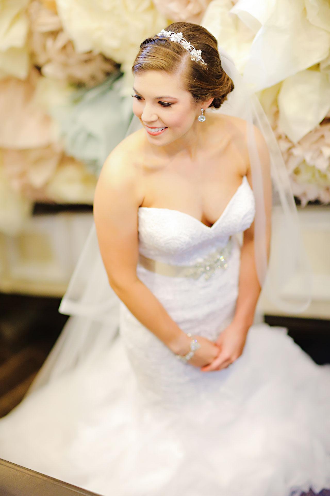 Emmy Benji Emyprean Fort Wayne Wedding 045