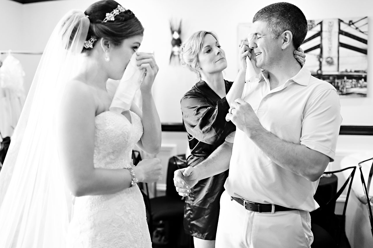 Emmy Benji Emyprean Fort Wayne Wedding 037