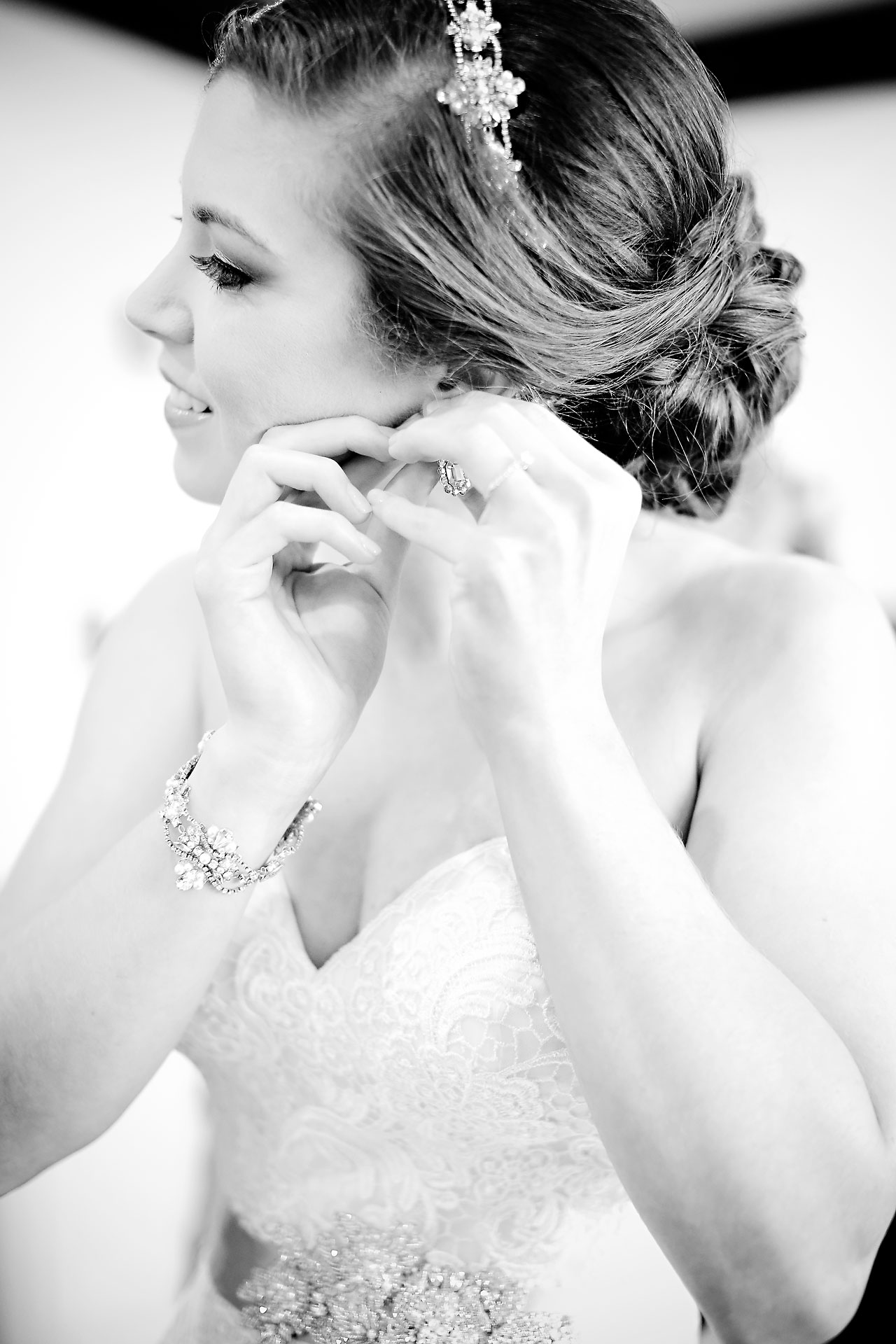 Emmy Benji Emyprean Fort Wayne Wedding 027