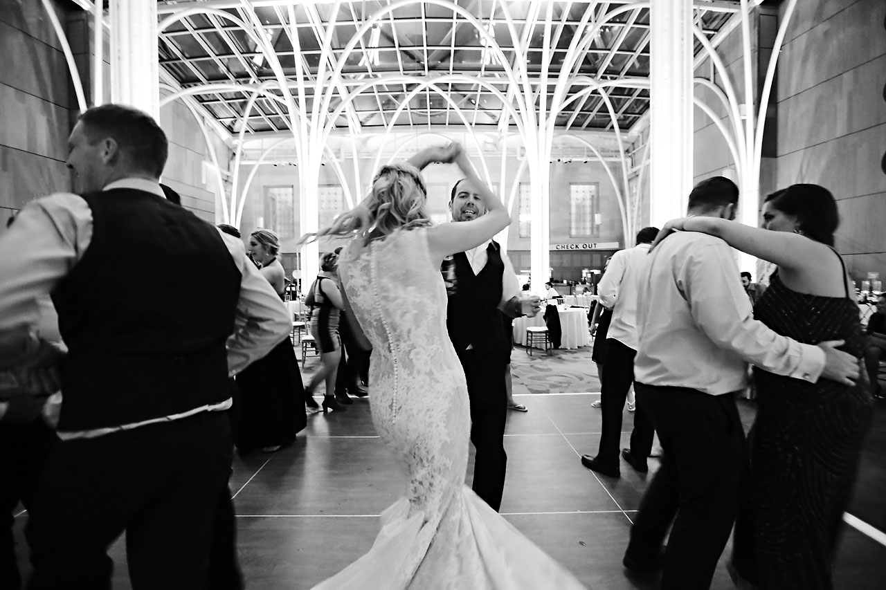 abby nick indianapolis central library wedding 365